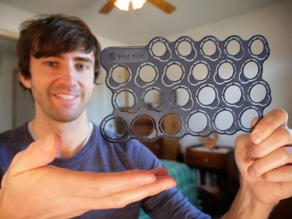 Plastic Blue Nile ring sizer